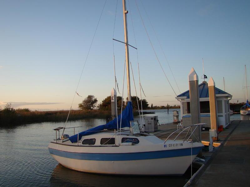 Catalina 22 - 1972 sailing yacht for sale - Sale info